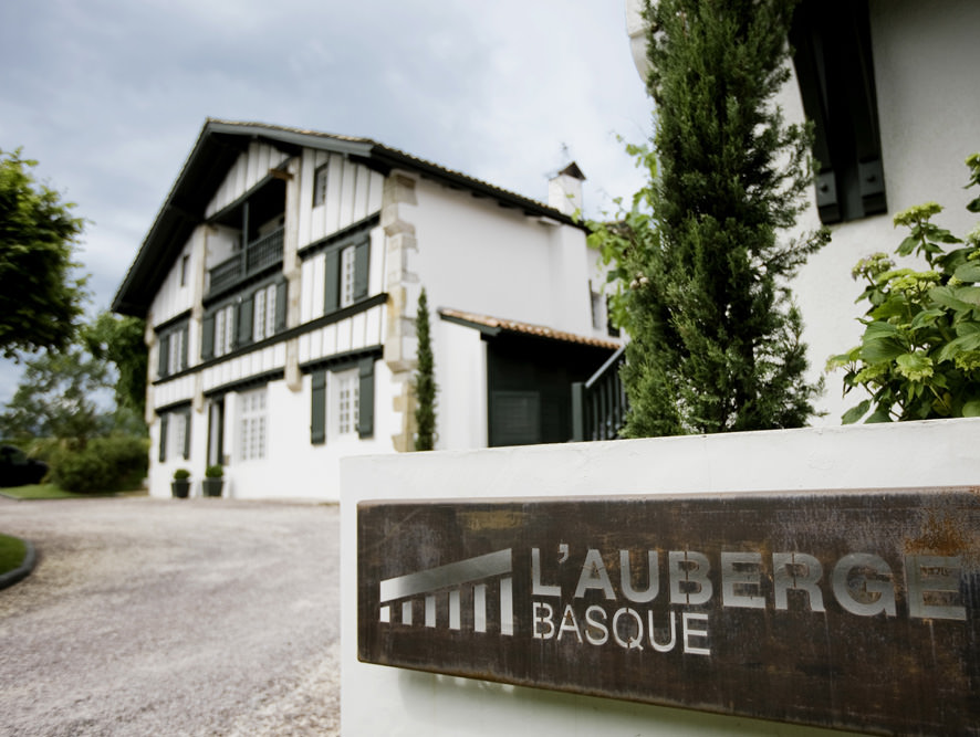HOTEL AUBERGE BASQUE ****